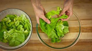 салат с кедровыми орехами шаг 7